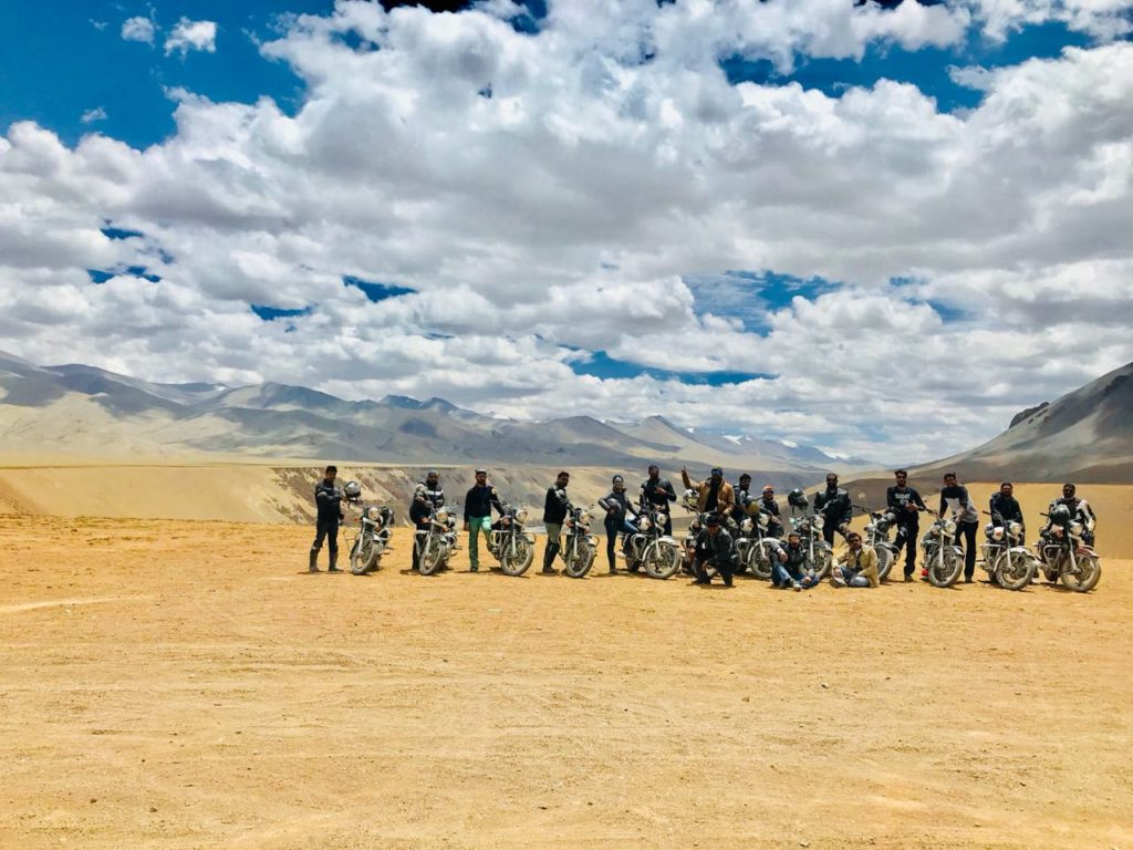 travellency ladakh tour on bikes