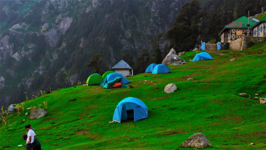 Triund dharamshala travellency