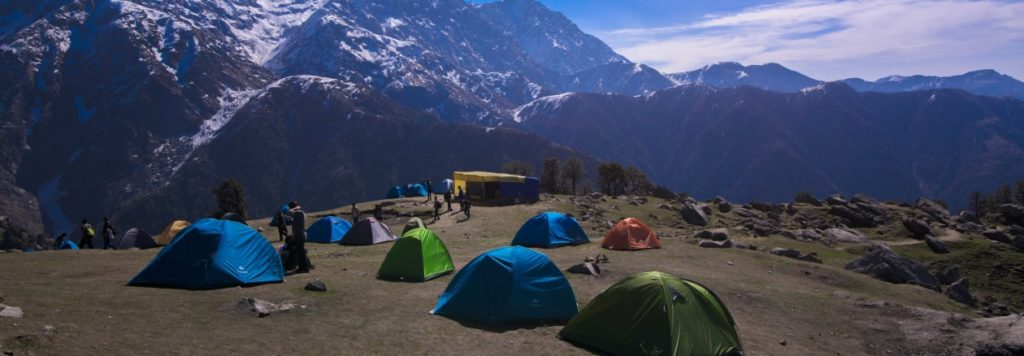 triund trekking travellency