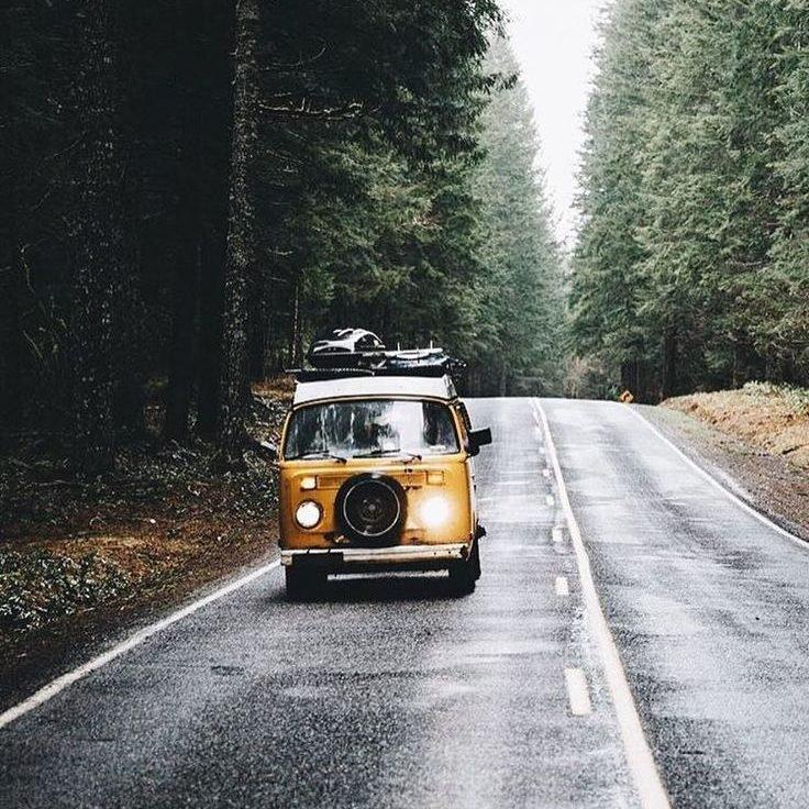 e5dea749f70a6948927a79d20243c3aa--yellow-campervan-vw-vans